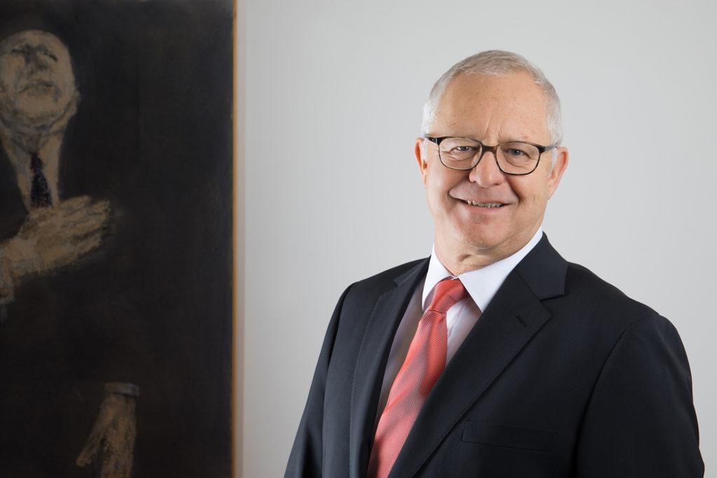 Portraitfoto von Dr. lic. iur. Robert Meier, Rechtsanwalt in Dübendorf