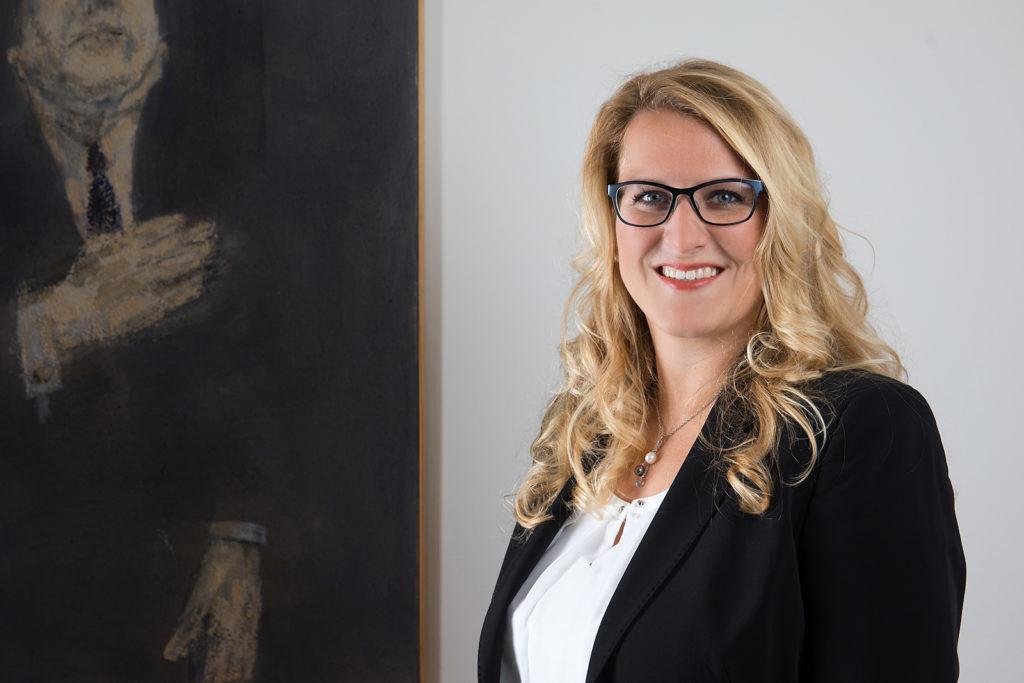 Portraitfoto von Ramona Völlmin, Mlaw Rechtsanwältin in Dübendorf